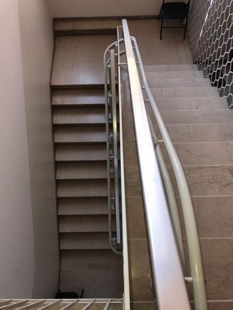 Due rampe da superare con curva a 180 e ingombro della for Boccato montascale