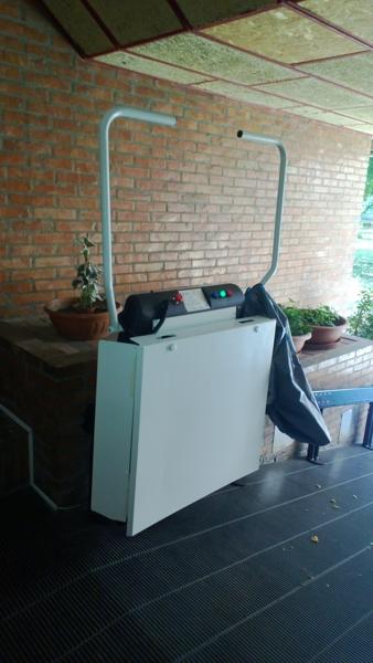 Portacarrozzina Faboc Olympia installato a Bologna