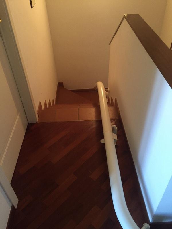Guida curvilinea con attacco a gradino - Boccato ascensori srl