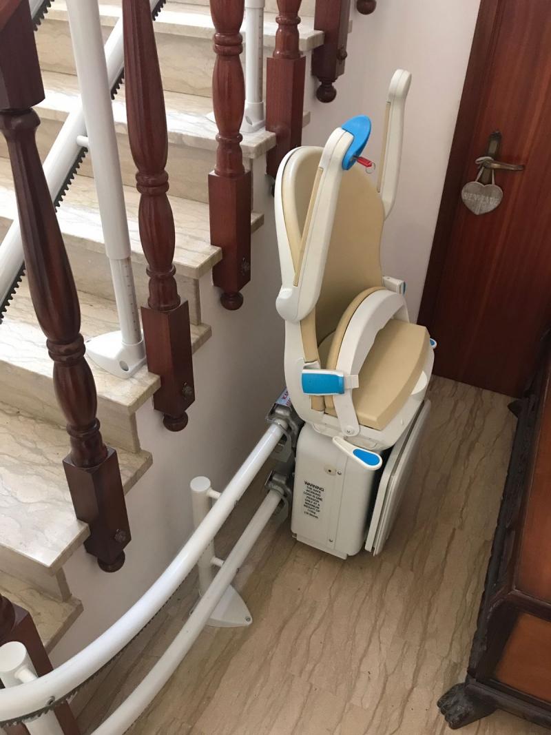 Macchina chiusa al parcheggio inferiore - Boccato ascensori srl