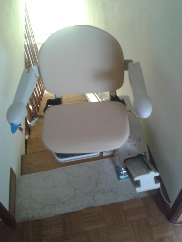 Montascale Minivator Simplicity installato a Pian di Balestra   (BO)