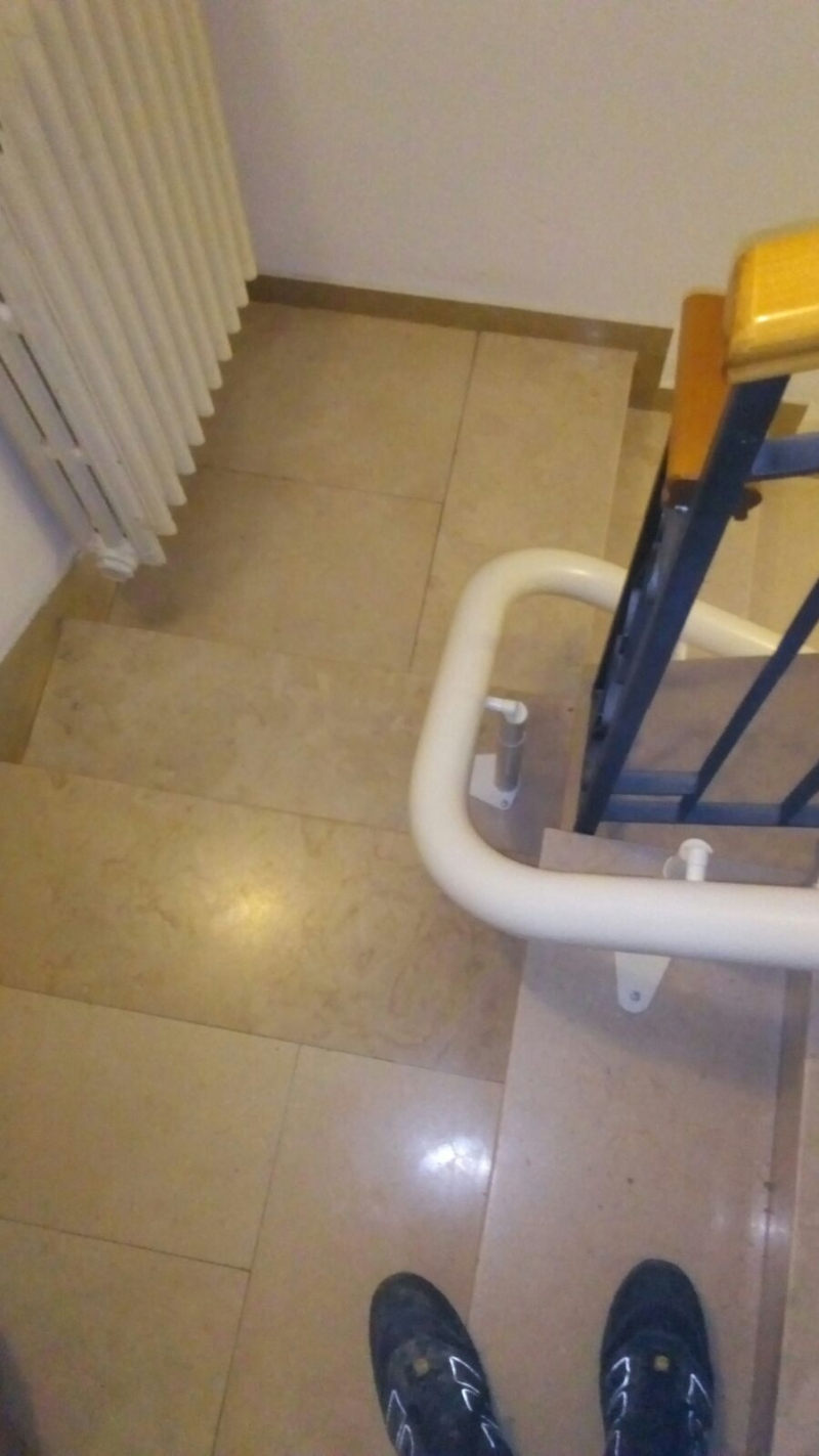 Curva di 180° tra la prima e seconda rampa - Boccato ascensori srl